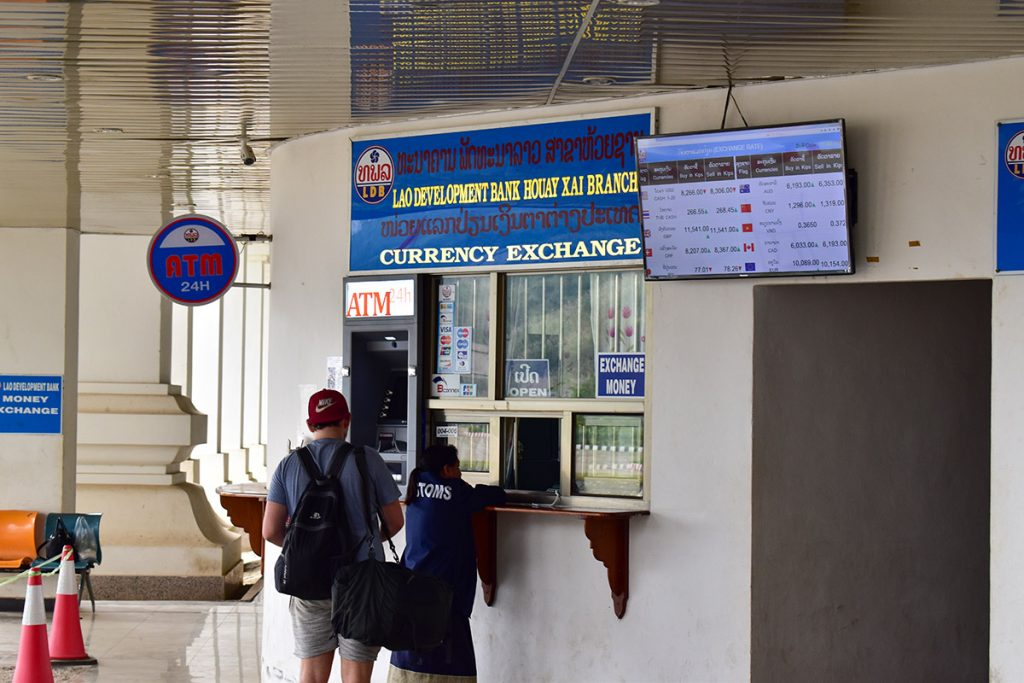 Hidden costs of travel: currency exchange