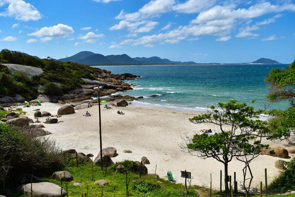 Prainha Barra is a hidden beach just a short wlak from Praia da Barra da Lagoa