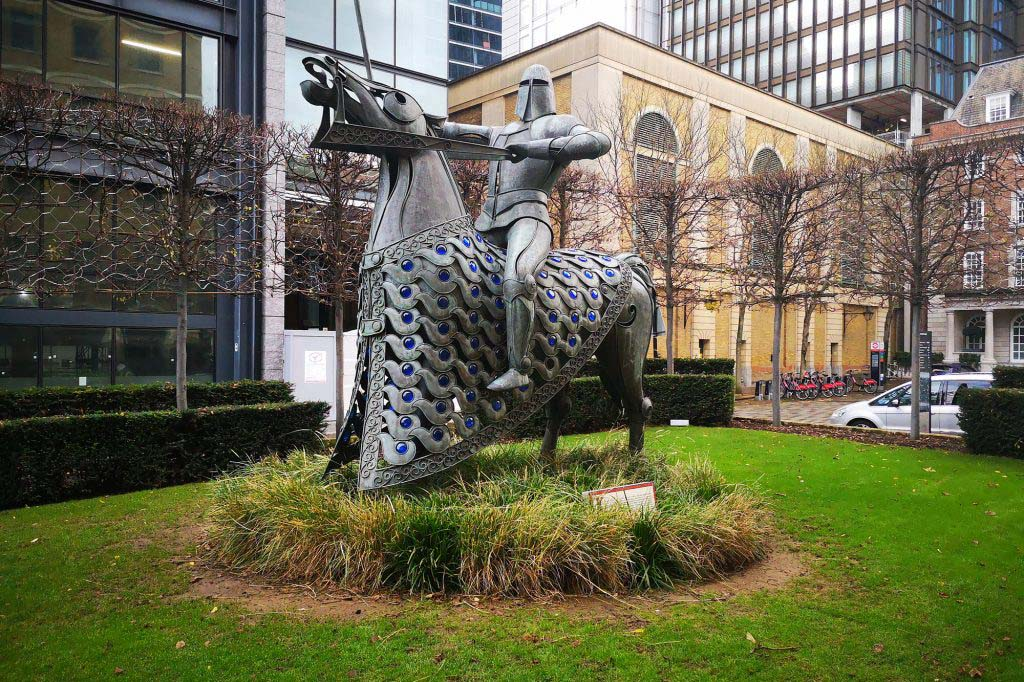 The Knight of the Cnihtengild represents one of the 10th-century knights awarded land in East London by King Edgar