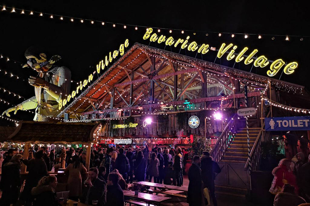 I went to a meetup of the London Digital Nomad community group at Winter Wonderland in Hyde Park