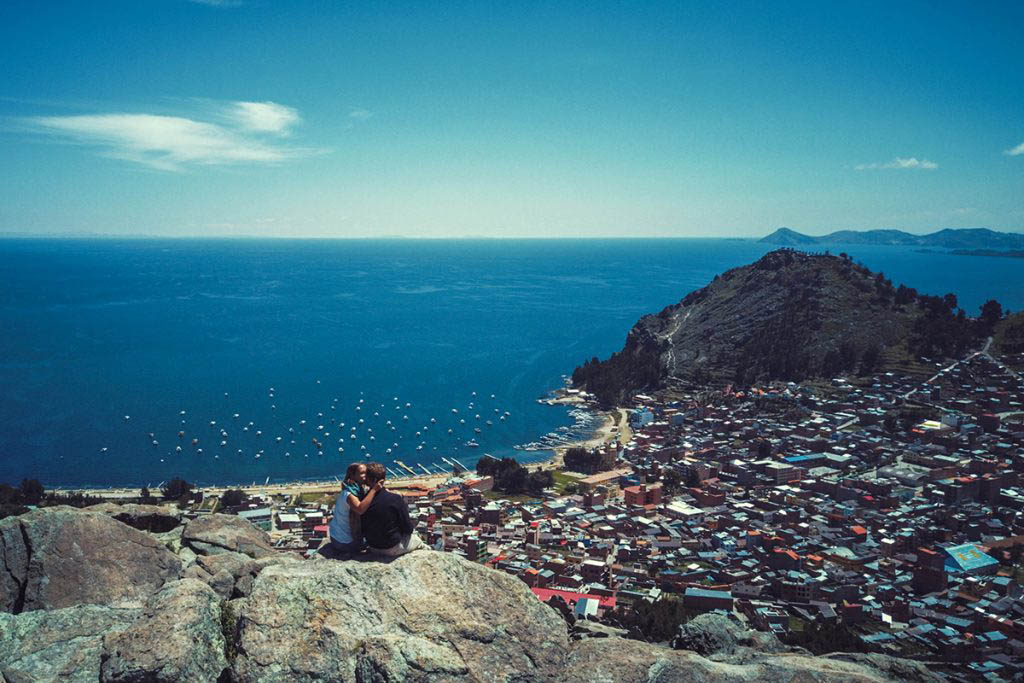 Anders and Ženja enjoying the view in Copacabana, Bolivia