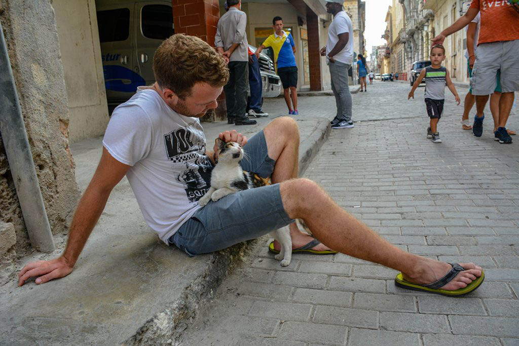 Anders with a new friend on the streets of Havana, Cuba