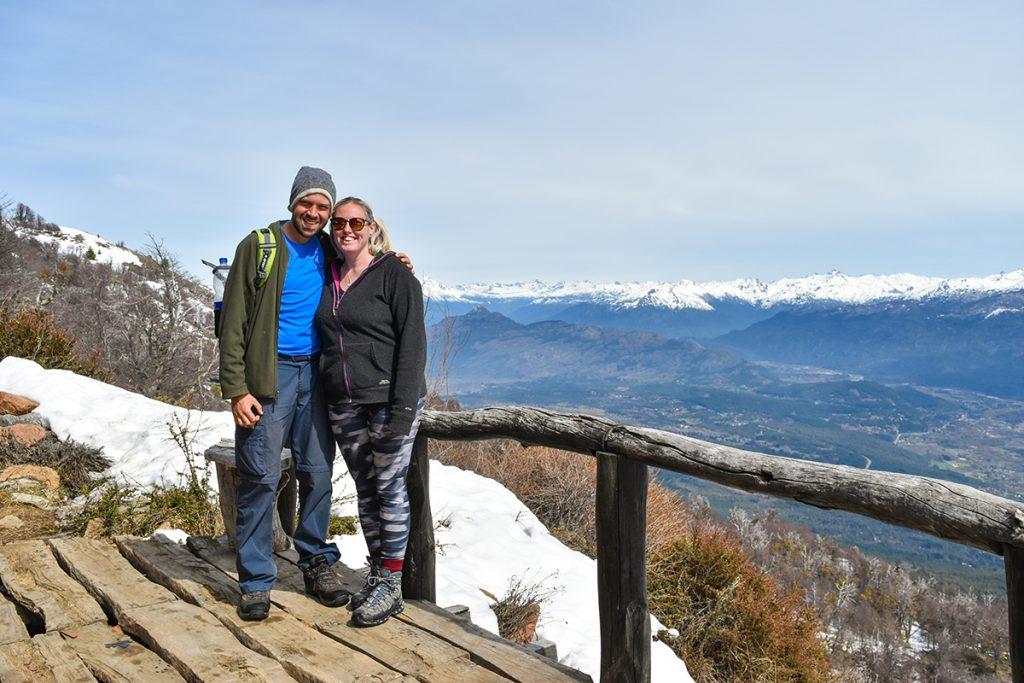 Trekking El Bolsón: enjoying the view outside Refugio Piltriquitrón