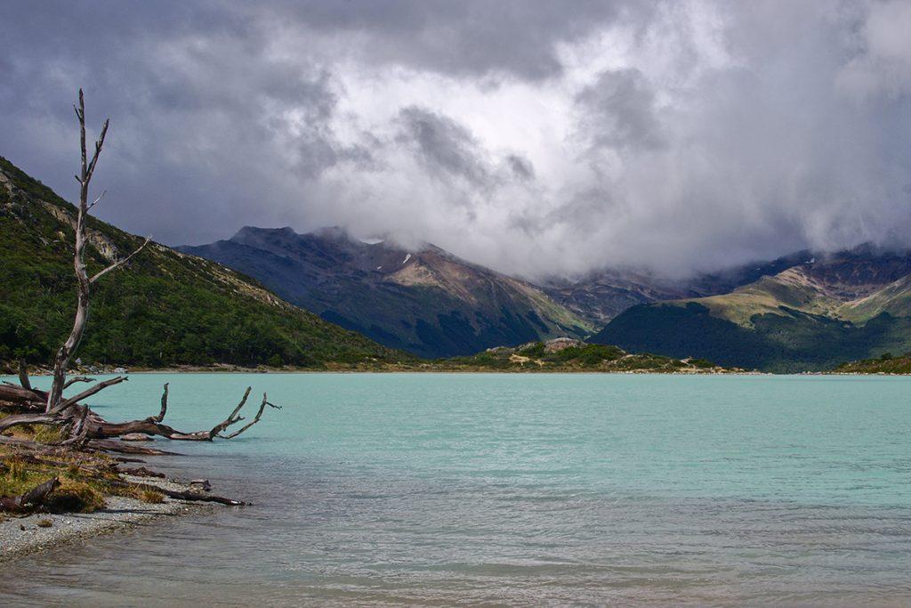 Laguna Esmeralda Tierra Del Fuego
