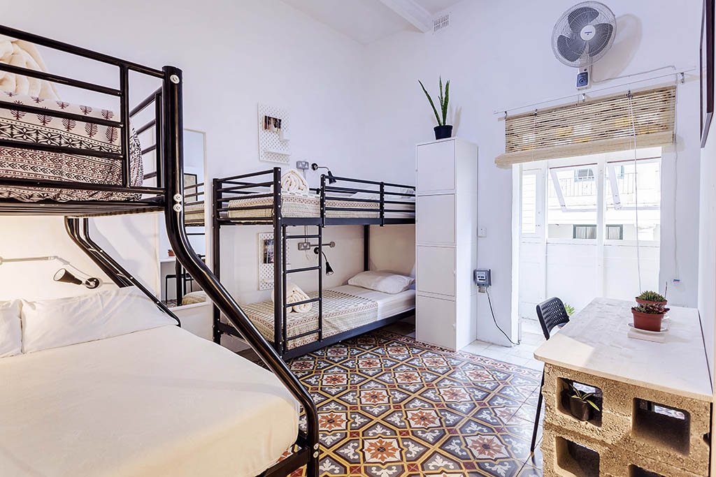 Grannys Inn Hostel is a family-run budget accommodation in the centre of Sliema