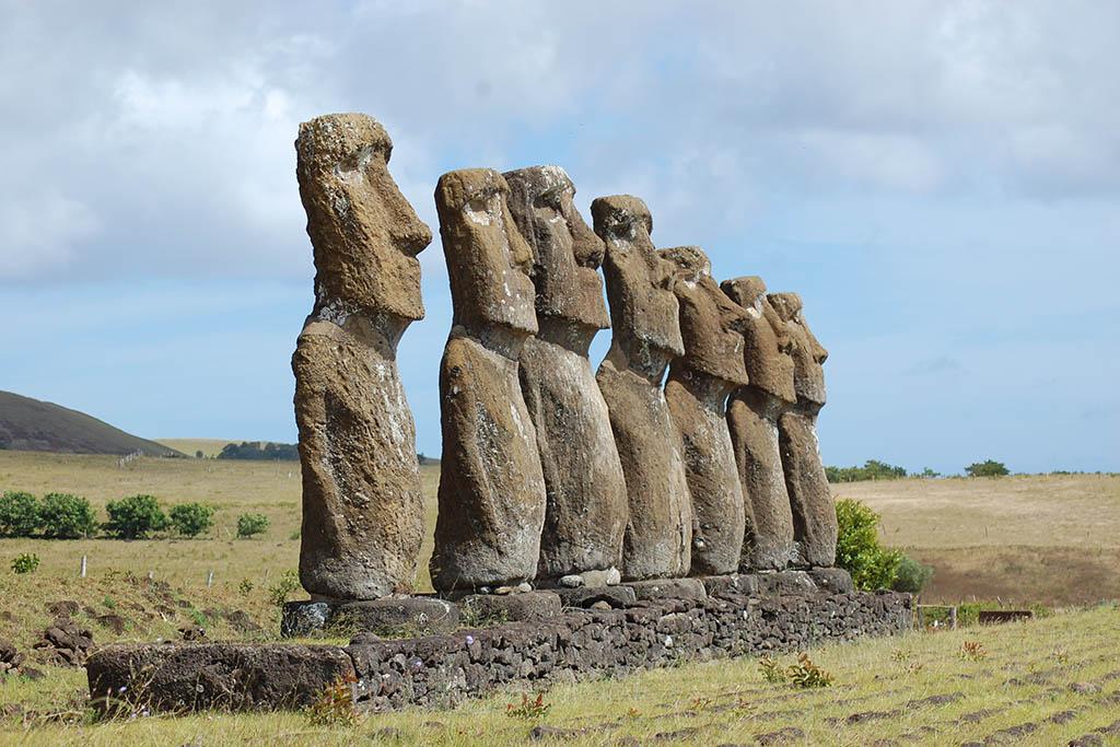 South America bucket list: Moai Easter Island Chile