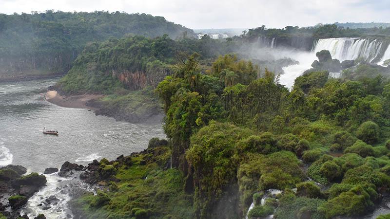 Iguassu Falls Argentina side boat