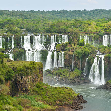 Iguassu Falls square view