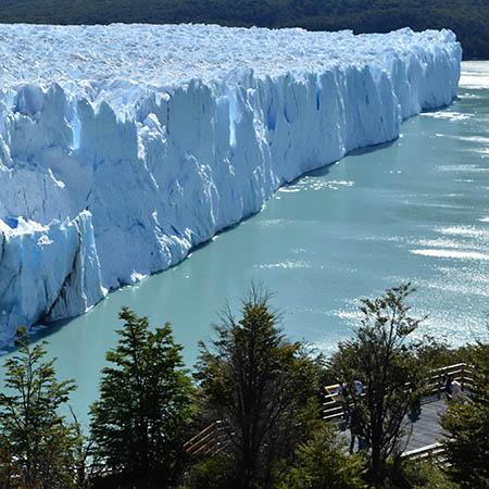 Perito Moreno Glacier walking platform view