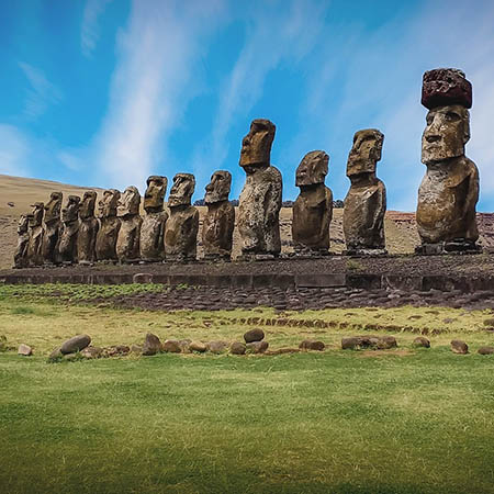 Rapa Nui Easter Island statues