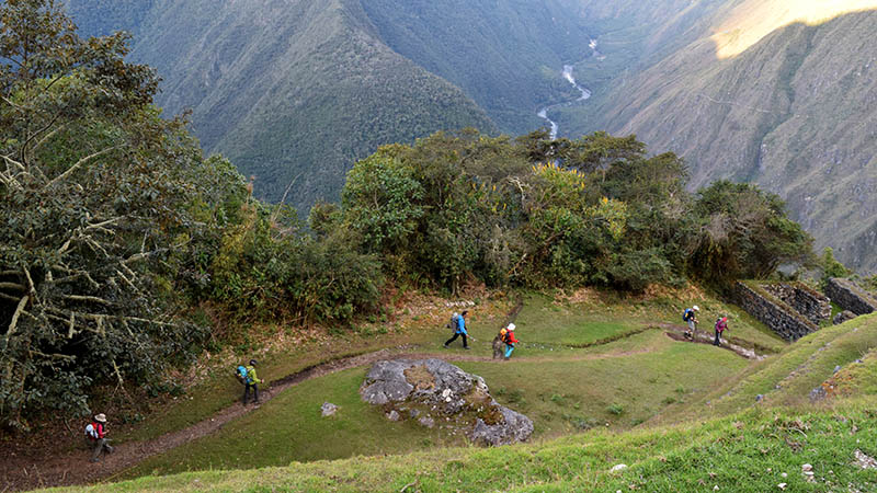 Small group active trekking Peru