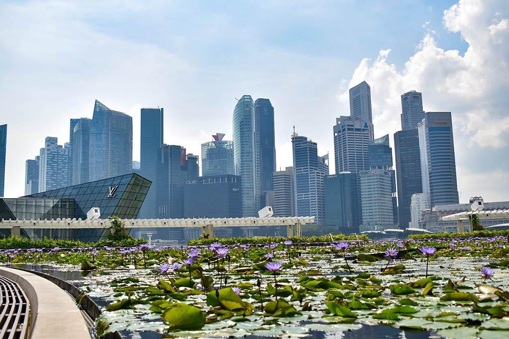 Singapore Marina Bay Sands skyline