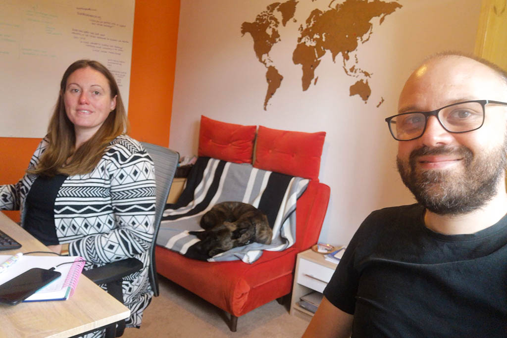 What is remote working: Alex and Lisa home office