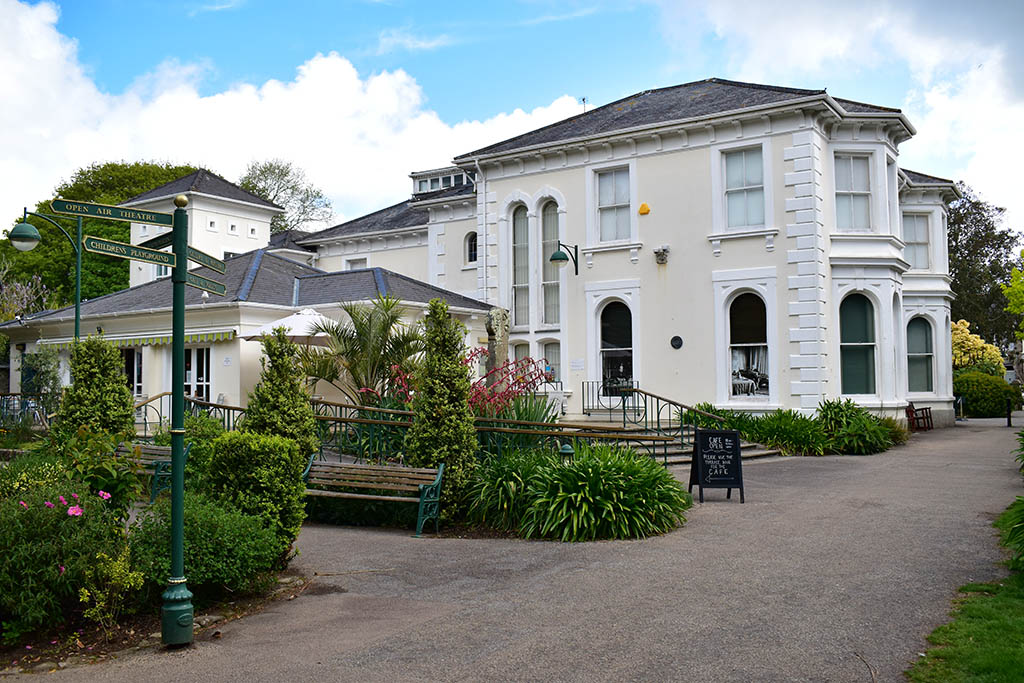 Penlee House Gallery and Museum